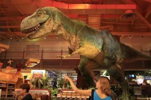 Toys R Us Times Square T-Rex Dinosaur