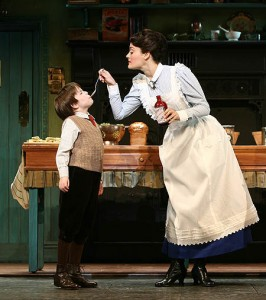 Mary Poppins - Song - A Spoon Full of Sugar Maks the Medicine Go Down